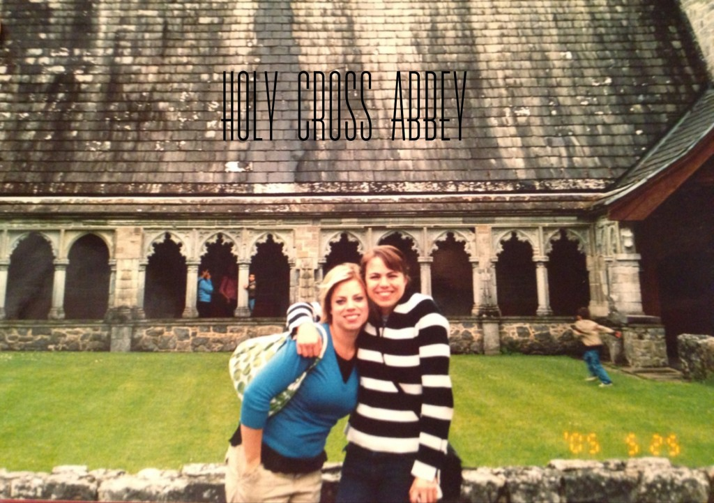 Before we left for Ireland, our gram made us promise to visit Holy Cross Abbey. It's one of her favorite places in Ireland.